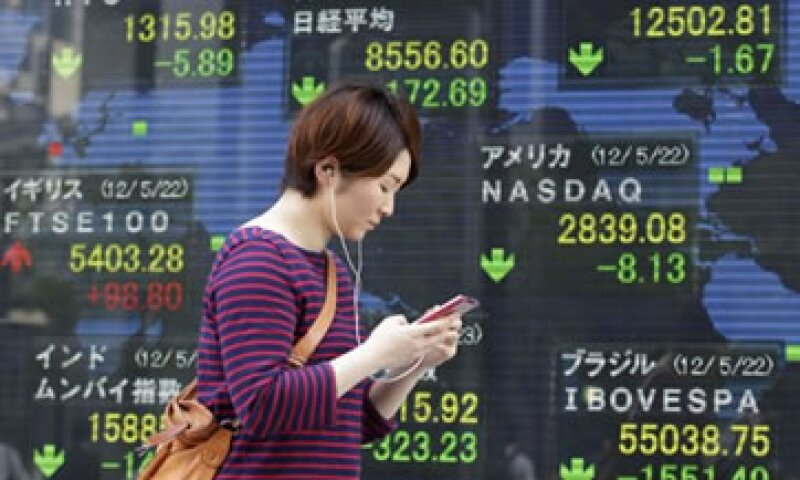Las débiles cifrs de EU y China se sumaron a las preocupaciones por la crisis de la eurozona.  (Foto: AP)