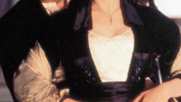 Si de películas melosas se trata, `Titanic´ se lleva la estatuilla de oro, de hecho se llevó varias. Jack y Rose sonrojaron a más de uno empañando los vidrios de cierto coche e hicieron llorar a millones con su trágica despedida. Sin duda, Leo DiCaprio y Kate Winslet marcaron a una generación con esta cinta.