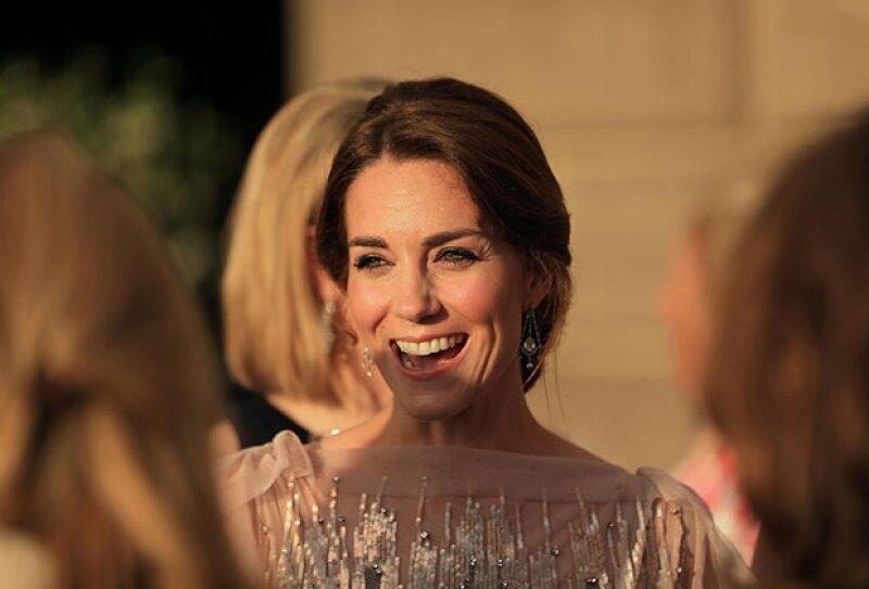Kate Middleton acaparó las miradas con su belleza y personalidad.