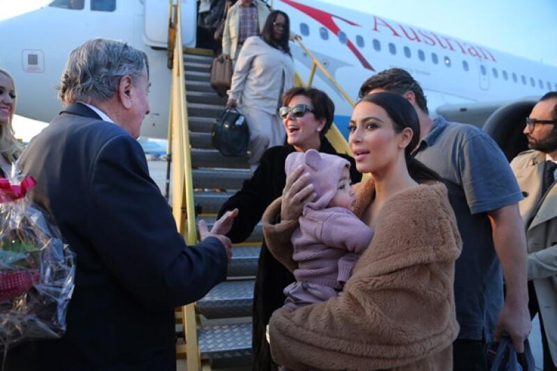 La familia fue recibida por el multimillonario Richard Lugner.