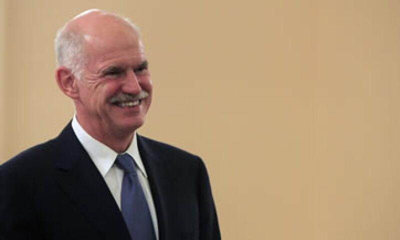 El Primer ministro griego, George Papandreou, mantuvo una videoconferencia con sus similares de Francia y Alemania. (Foto: AP)
