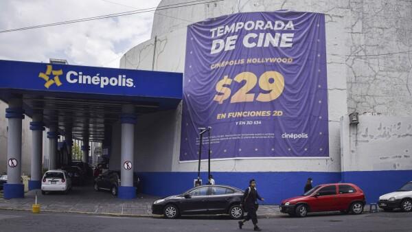 Después de más de cinco meses de cierre debido a la pandemia por coronavirus (Covid-19) cadenas de cines reabrirán a partir del próximo 12 de agosto en las que se seguirán las medidas sanitarias correspondientes para evitar la propagación de covid-1