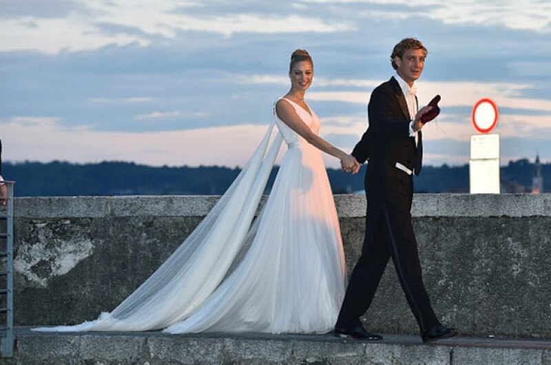 Después de su enlace civil en Mónaco la semana pasada, la pareja celebró la ceremonia religiosa en las islas Borromeas.