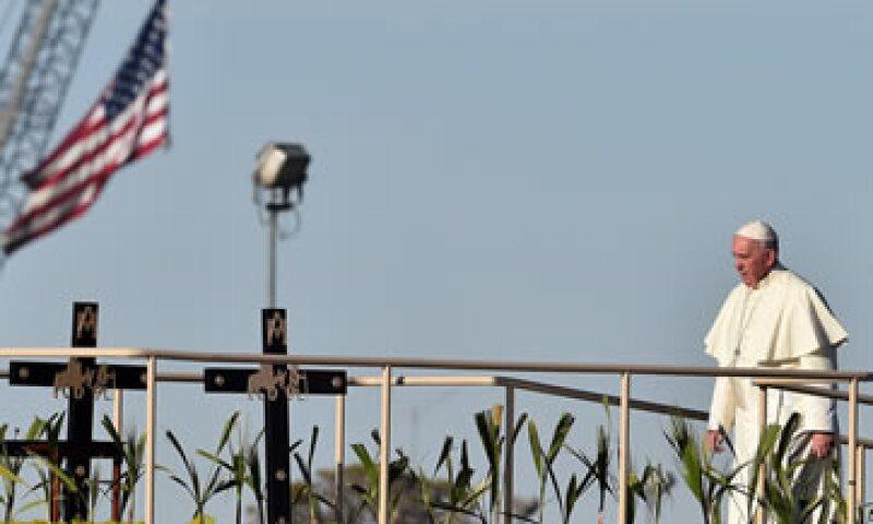 El papa Francisco visitó este miércoles un lugar emblemático en la frontera de México con Estados Unidos. (Foto: AFP )