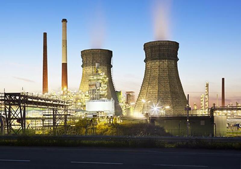 Petr�leo-refiner�a