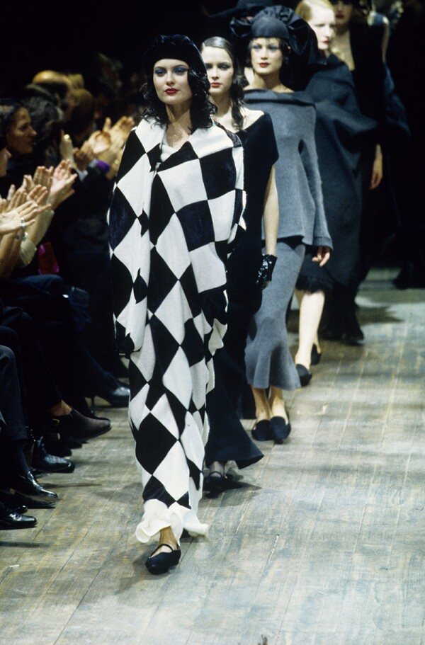 Yohji Yamamoto RTW Fall 1997 Collection, Paris
