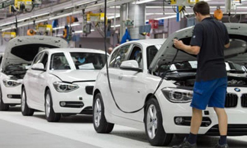 BMW ha reparado 42 unidades que tienen fallas en las bombas eléctricas de enfriamiento. (Foto: AP)