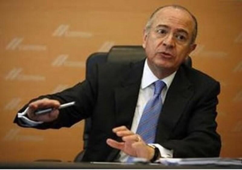 Héctor Medina, director de finanzas de Cemex, dijo que cualquier iniciativa de solución está en Venezuela. (Foto: Reuters)