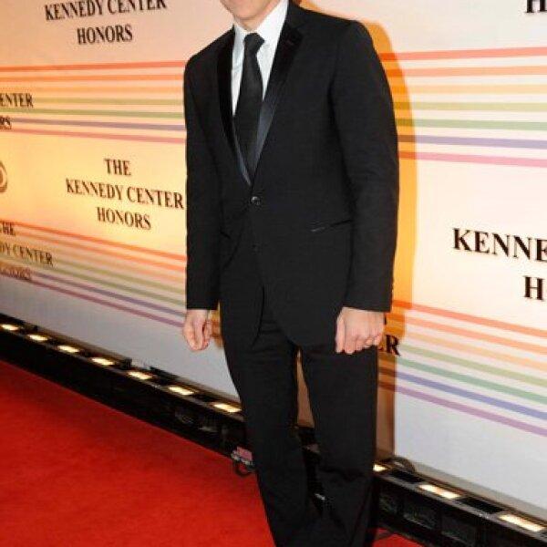 El actor Ben Stiller lució nuevo look de lentes.