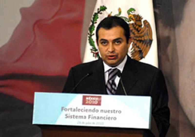 Ernesto Cordero, secretario de Hacienda, propuso varias medidas para frenar el lavado de dinero en el país. (Foto: Archivo Notimex)