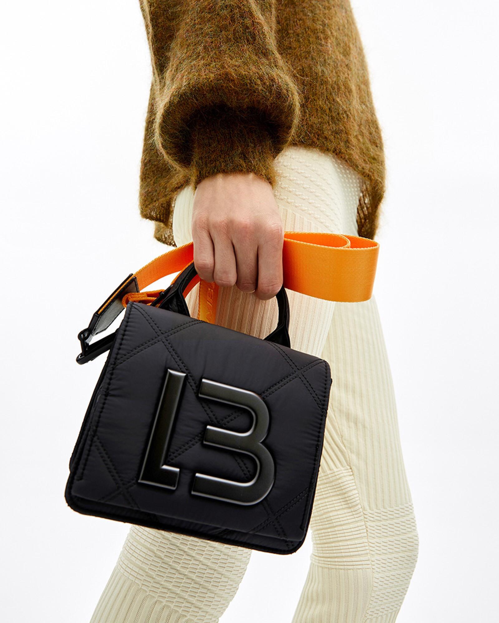 El trend más hot es protagonista en los bolsos Bimba y Lola