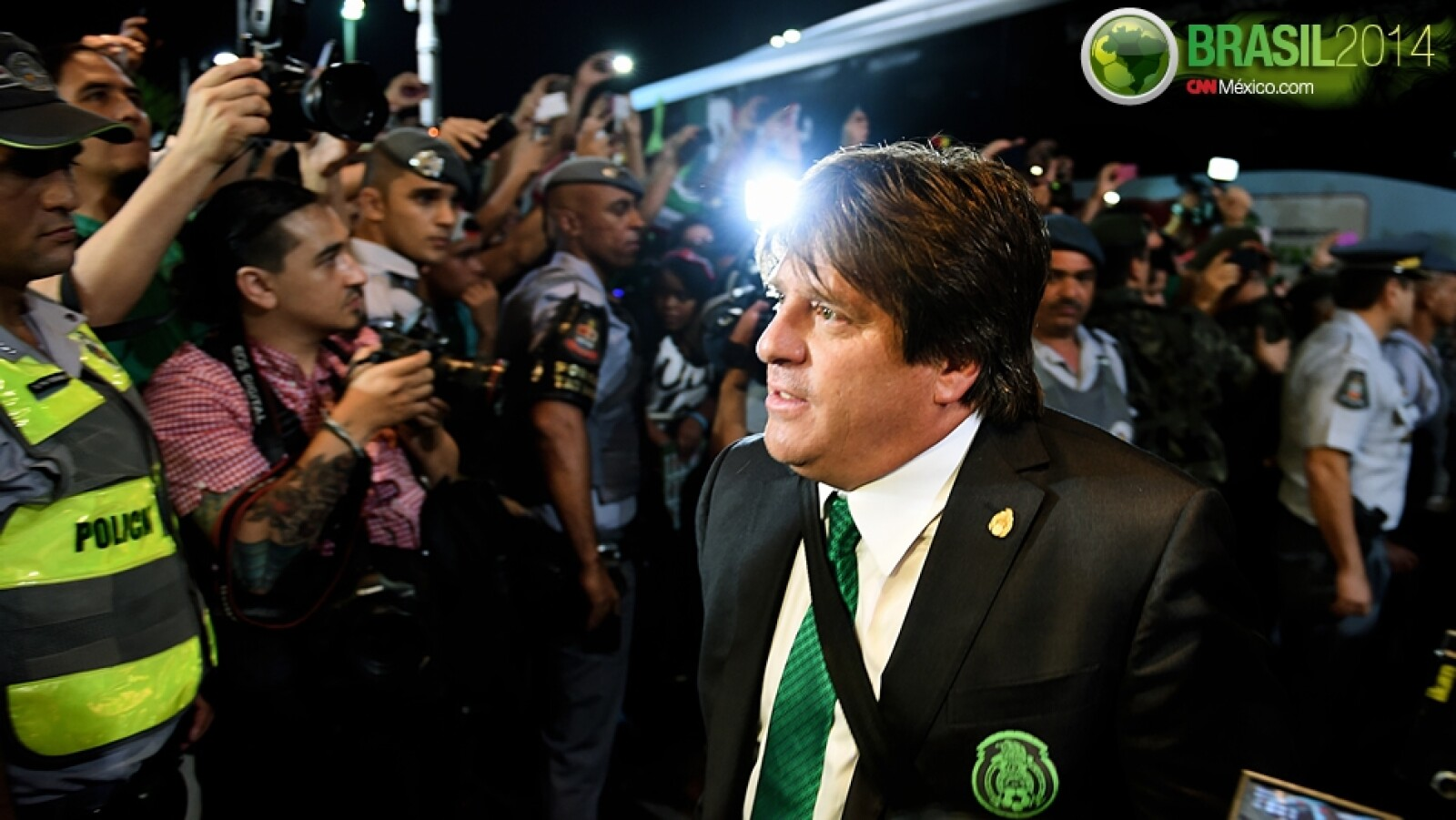 Miguel Herrera llegada Santos Sao Paulo hotel