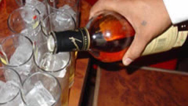 Un conductor alcoholizado tiene 17 veces más riesgo de tener un choque fatal, según la la Organización Panamericana de la Salud (OPS). (Foto: Especial)