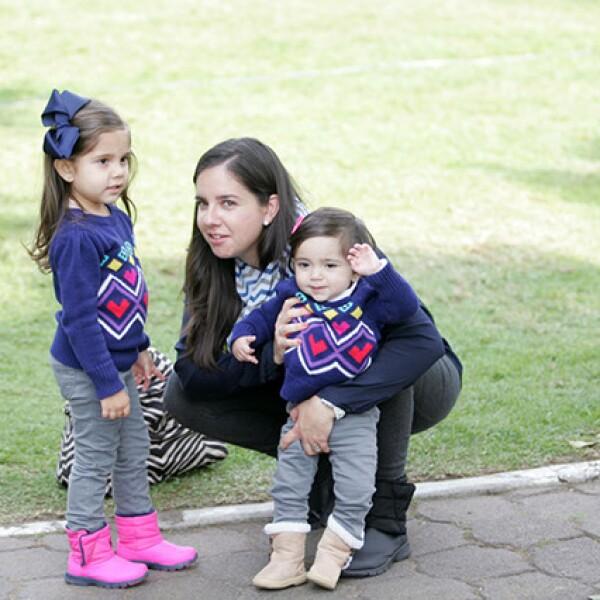 Montserrat Chávez,Maru Villareal y Fernanda Chávez