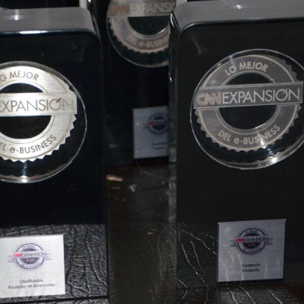 Los 12 premios antes de ser entregados por el jurado a lo mejor del e-Business mexicano.