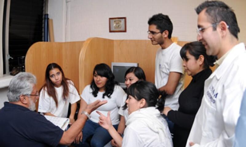 Dependiendo de tu conflicto emocional, los psicólogos de la UNAM pueden asesorarte en persona. (Foto: De UNAM)
