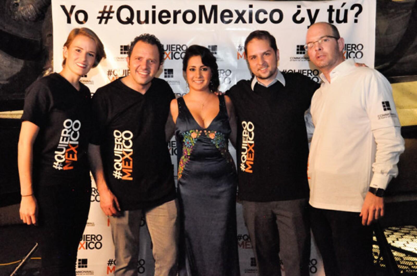 Lucía Junco,Eduardo Gorospe,Ana Luna,Manuel del Valle e Ignacio Perezsalazar