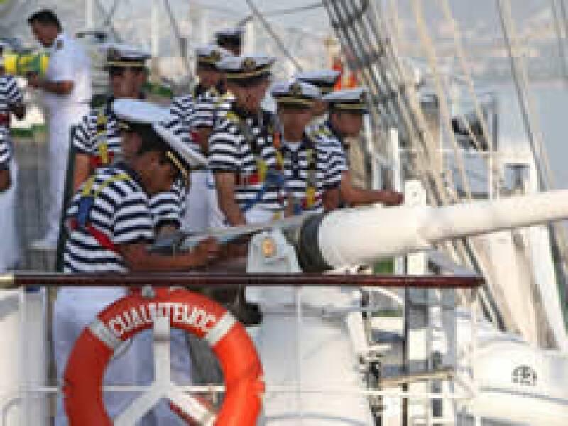 El Gobierno federal busca enviar a elementos de la marina a capacitarse en Florida. (Foto: Archivo Notimex)