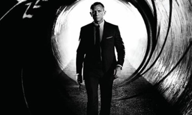 La nueva película de James Bond tiene un presupuesto de 300 mdd. (Foto: tomada de Facebook/JamesBond)