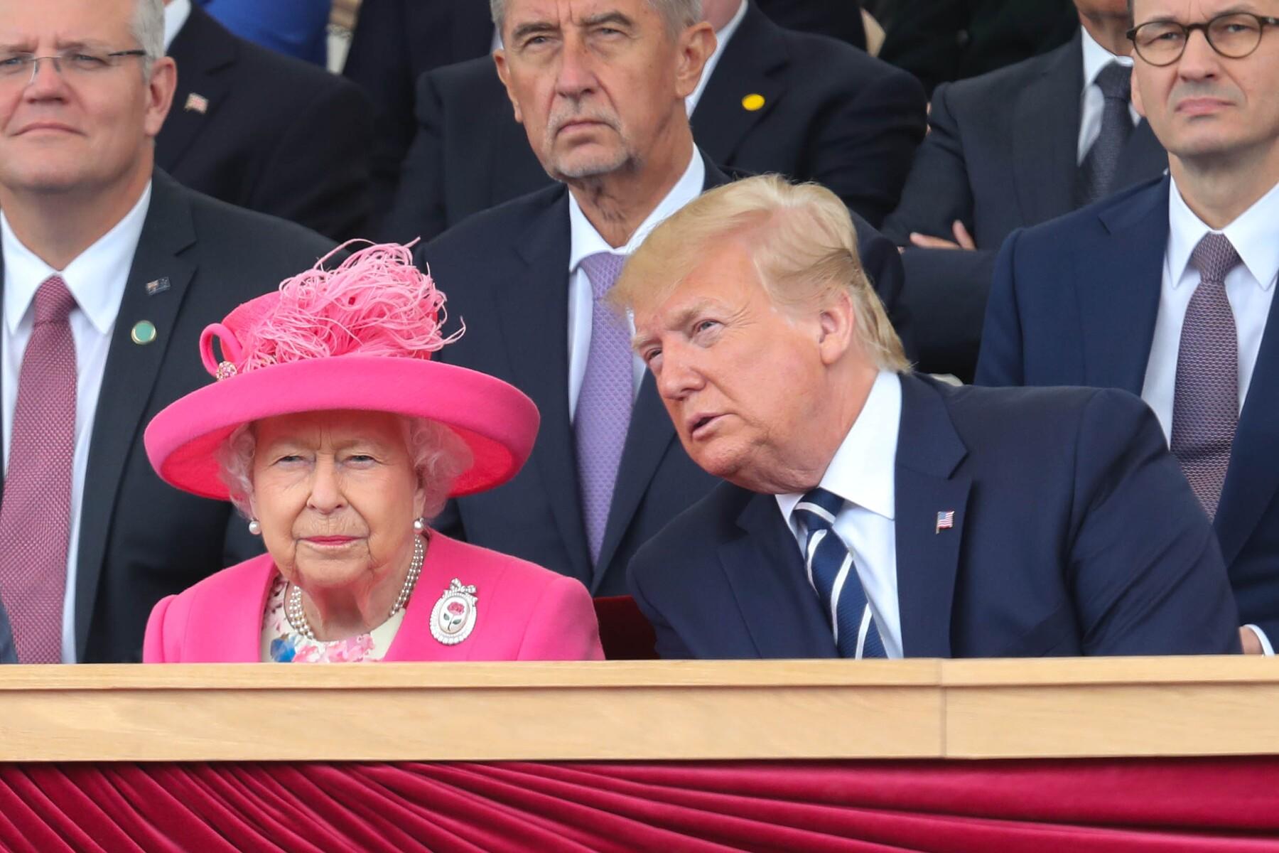 Reina Isabel II y Donald Trump