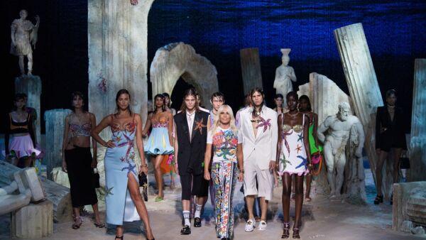Versace - Runway - Milan Fashion Week Spring/Summer 2021