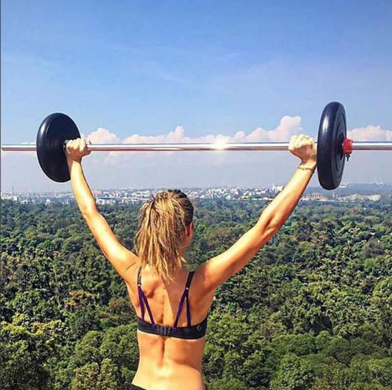 La conductora de deportes publicó una foto en su cuenta de Instagram en la que se ve súper hot y por supuesto, envía un mensaje inspiracional a todos sus followers.