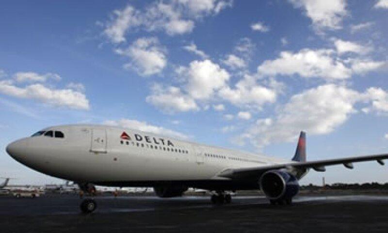 La aerolínea dijo que la tormenta Sandy desaceleró la producción de su  refinería petrolera de Pennsylvania.  (Foto: Reuters)