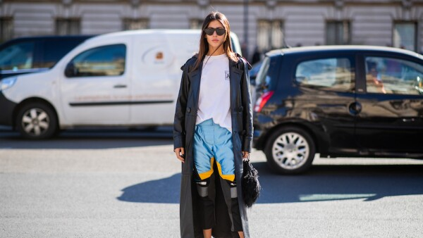 Street Style : Paris Fashion Week Womenswear Spring/Summer 2019 : Day Three