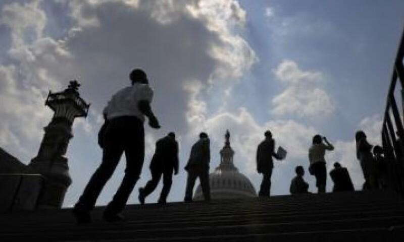 Los demócratas se niegan a recortar el programa de salud, pero los republicanos no aceptan un alza en los impuestos. (Foto: Reuters)