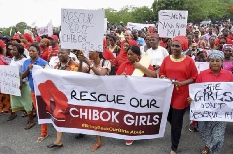 Recientemente el grupo Boko Haram anunció en un video que algunas de las niñas estaban siendo vendidas, lo que alarmó aún más a la sociedad.