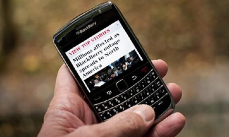 RIM aseguró que con la reparación los mensajes van saliendo por bloques. (Foto: AP)