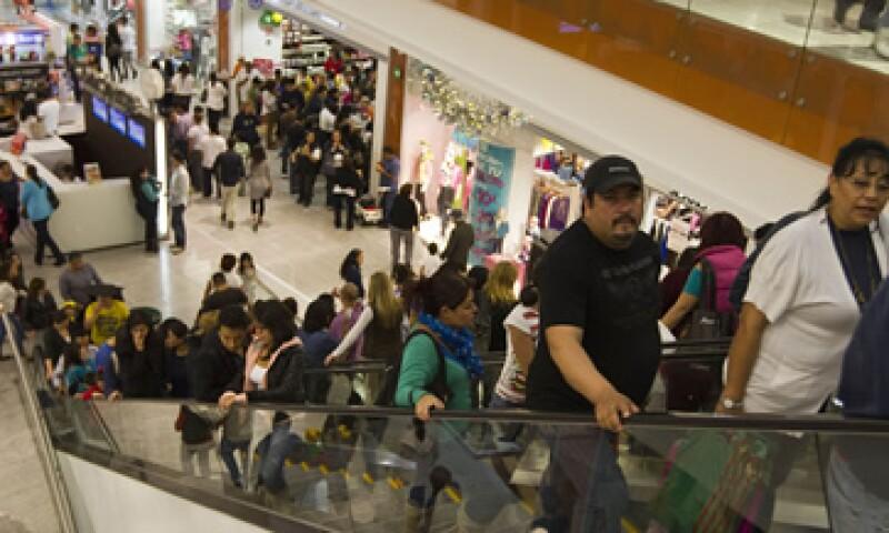 En centros comerciales del DF se ha notado el entusiasmo por las ofertas. (Foto: Ana Blumenkron)