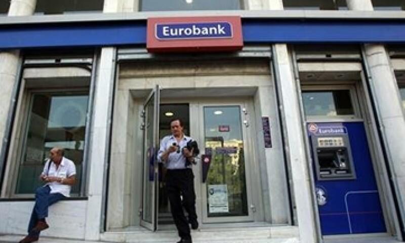 Eurobank se une a la gran lista de bancos que han sido eliminados o fusionados con otros en Grecia. (Foto: Reuters)