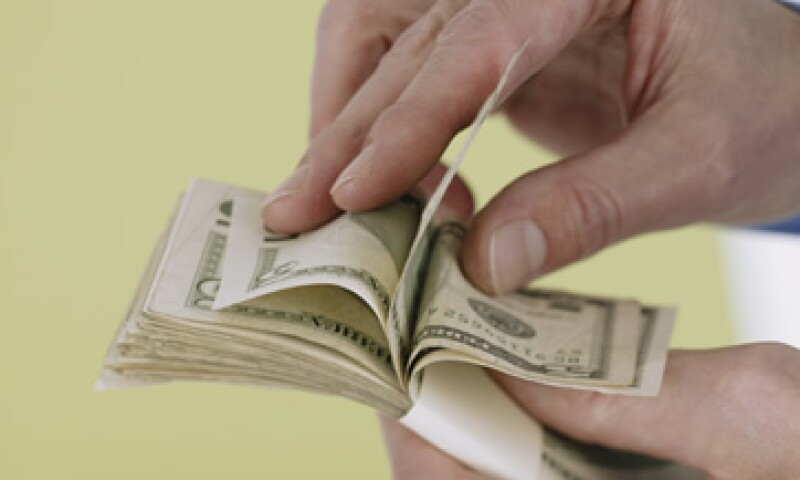 El tipo de cambio es de 13.7747 pesos, para solventar obligaciones denominadas en moneda extranjera. (Foto: Thinkstock)