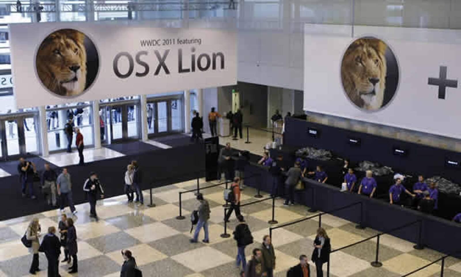 Los usuarios de productos Apple descargaron 14,000 millones de aplicaciones, dejando una derrama de 2,500 millones de dólares a los desarrolladores.