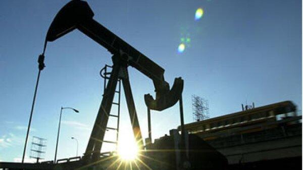 Venezuela necesita inversiones para explotar sus reservar de petróleo. (Foto: AP)