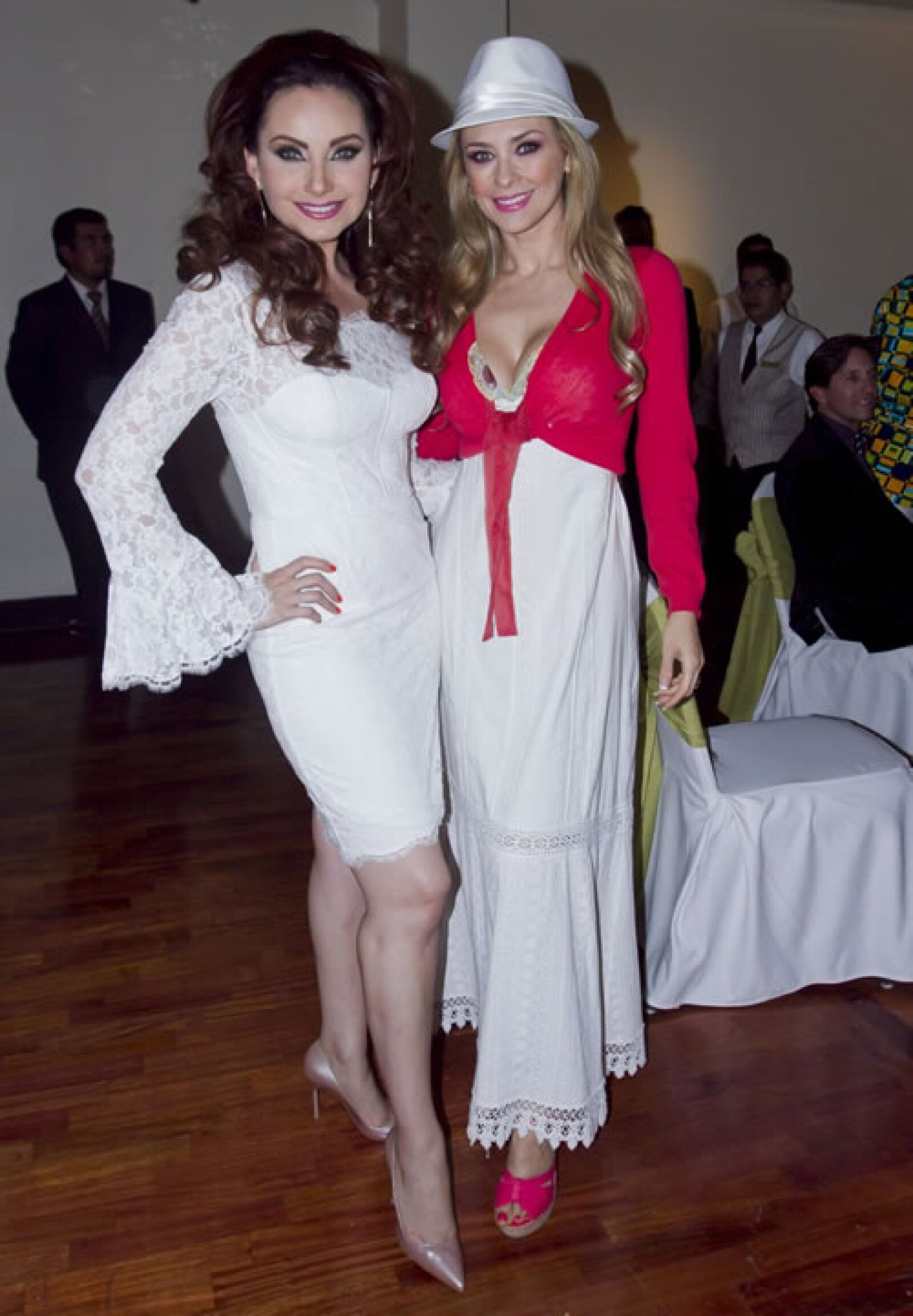 Elizabeth Álvarez y Araceli Arámbula acompañaron a la Vale en este día especial.