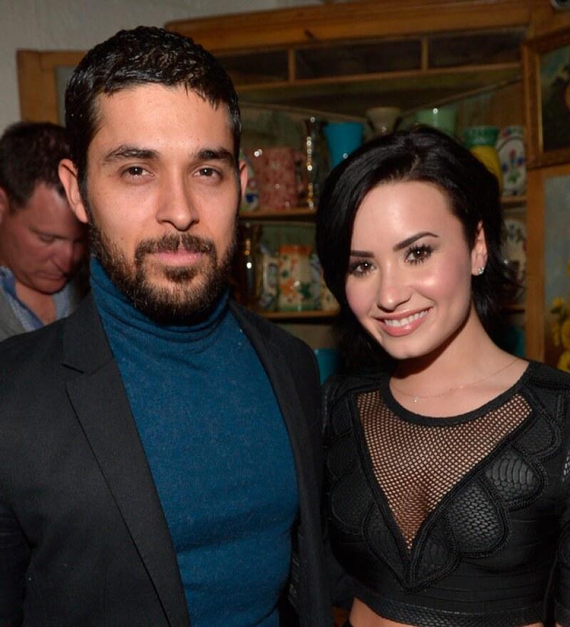 Demi estuvo muy emocionada por el cumpleaños de su novio.