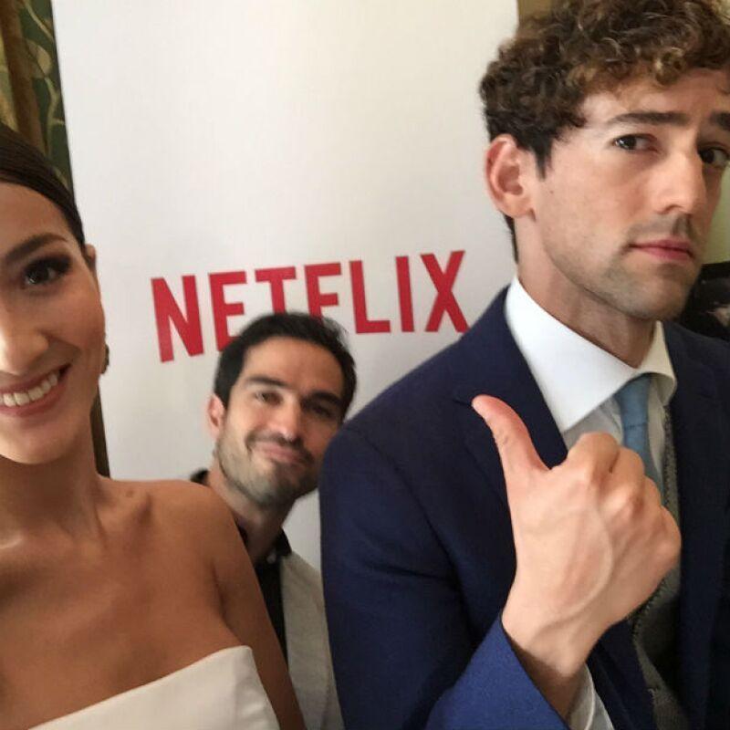 El trío de actores demuestra su emoción por su próximo estreno en Netflix.