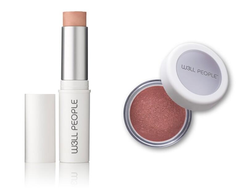El maquillaje de W3ll People incluye bases, sombras y blushes.