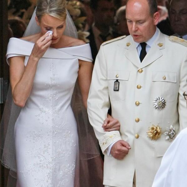 Charlene derramó algunas lágrimas casi al finalizar la ceremonia religiosa.