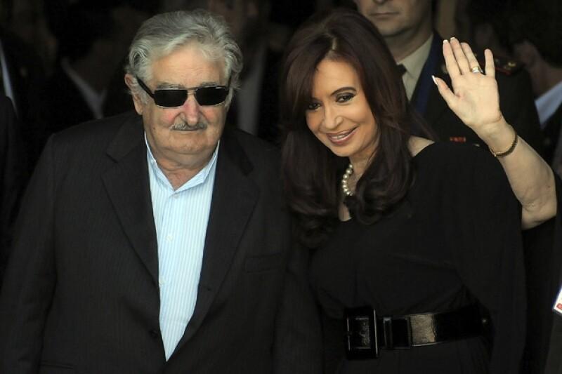 El presidente uruguayo José Mujica dijo: `esta vieja es peor que el tuerto´, sin darse cuenta de que los micrófonos estaban abiertos previo a una conferencia de prensa.