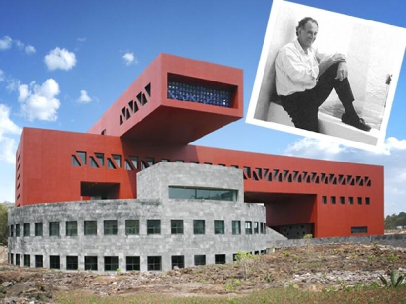 El edificio del Posgrado de Economía es una de las obras más recientes de Legorreta.