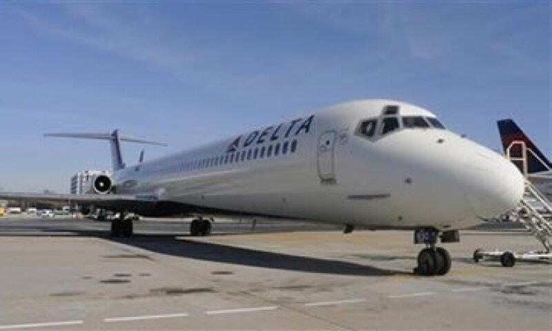 Las ventas de Delta aumentaron 8% a 8,400 mdd en el periodo. (Foto: Reuters)