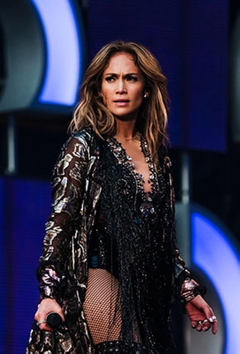 La cantante desconocía que el gobierno de este país ha sido fuertemente criticado por violación a los derechos humanos.