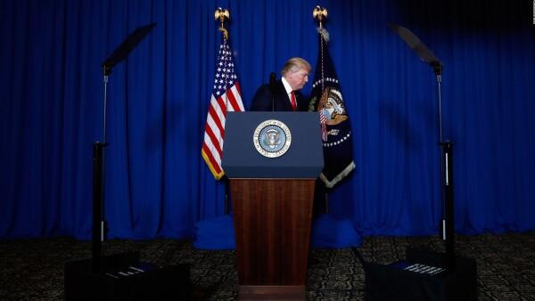Trump ordena represalia militar contra Siria por masacre en Idlib