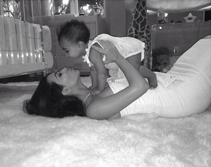 Kim compartió sus sentimientos tras ser mamá.