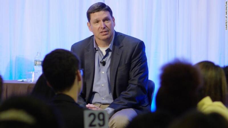 Roger Crandall, CEO de la aseguradora de MassMutual