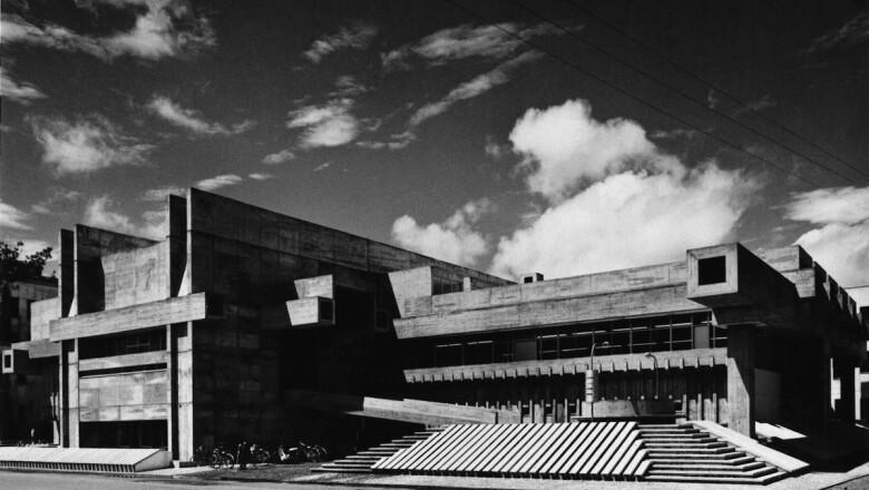 Oita Prefectural Library, Oita, Japón (1966)