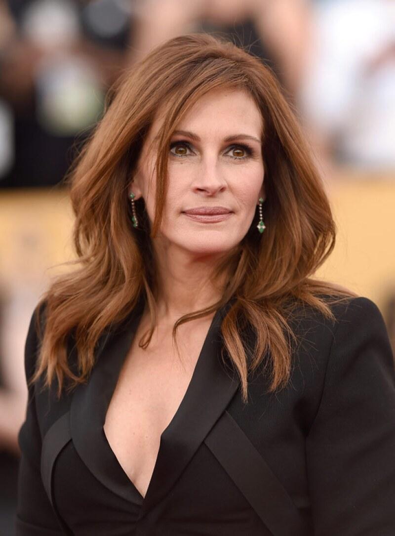A sus 47 años e incluso sin maquillaje, Julia continúa siendo considerada como una de las celebs más bellas de Hollywood.